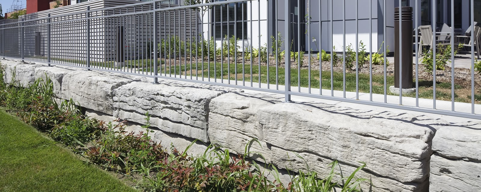 Weathered Edge-Limestone™ Armour Stone