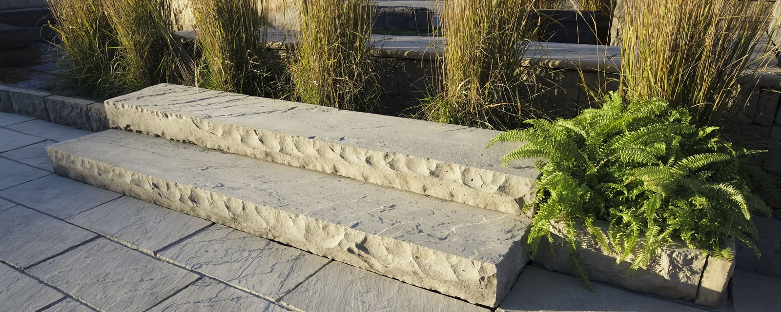 Credit Valley-Sandstone® Rockface Steps