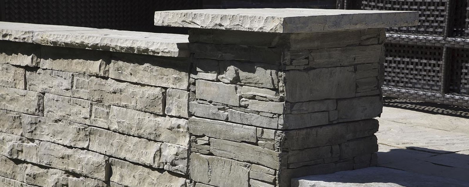 Ledgestone Pillar Block